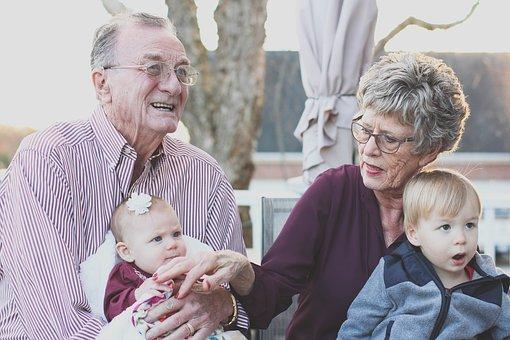 grandparents-1969824__340 (1).jpg